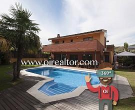 Casa con piscina en venta en Arenys de Munt, Maresme