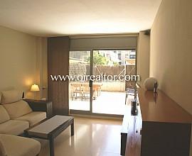 Продаются апартаменты в бассейном в Побле Ноу Барселоны