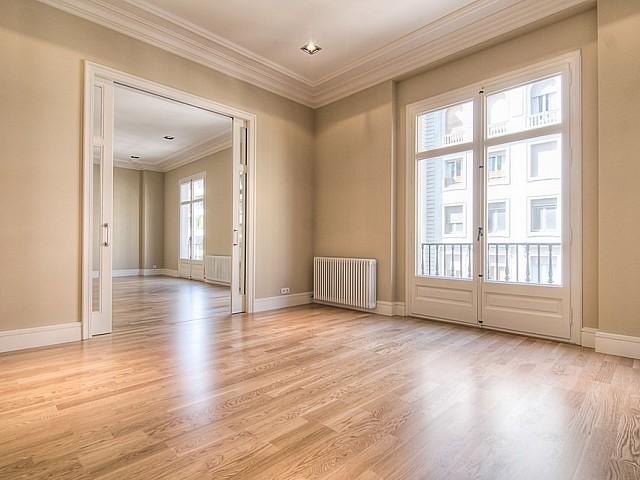 Элегантная квартира в аренду в Сант Жервази