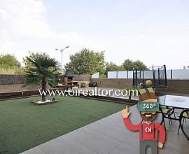 Дизайнерская квартира с террасой 170 м2 в Матаро