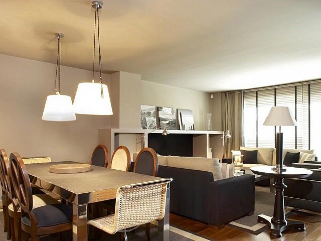 Precioso apartamento en urbanización de lujo, zona alta de Barcelona