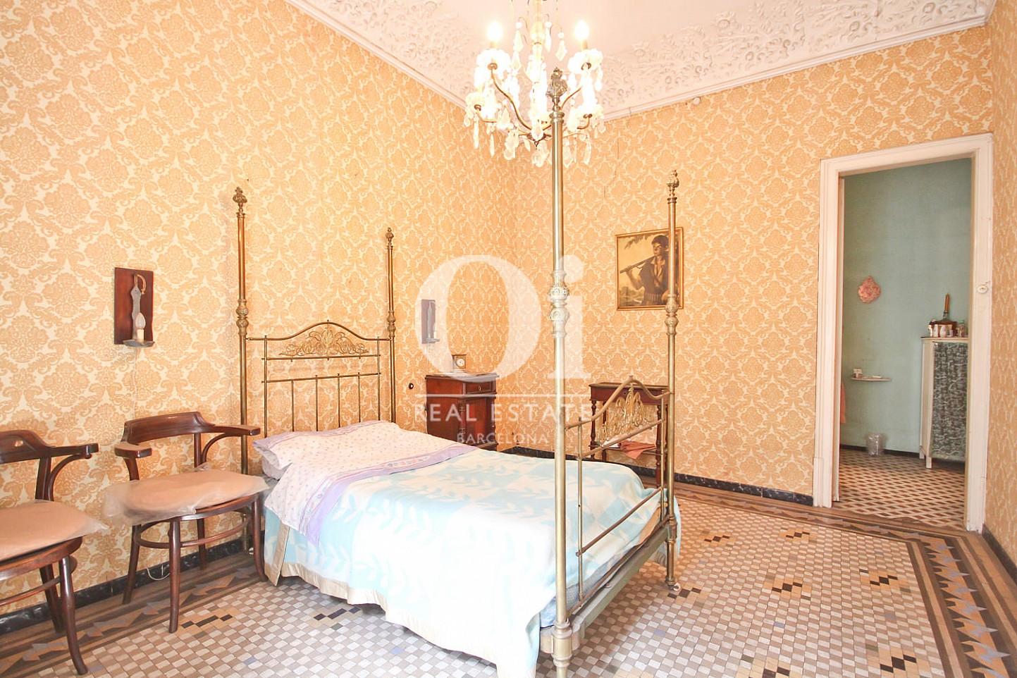 Chambre lumineuse dans un appartement de luxe en vente à Barcelone