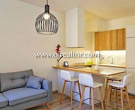 Cálido apartamento en venta con atractiva reforma en Poble Sec