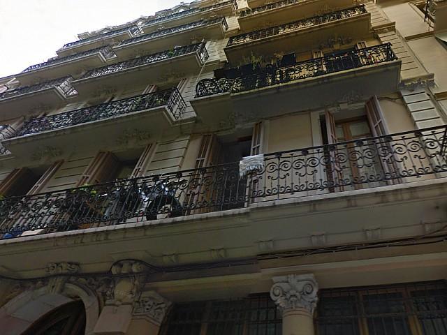 Edificio de estilo clásico en venta en el barrio de Gracia