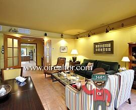 Продается шикарный дом в центре Ареньс де Мар, Марезме