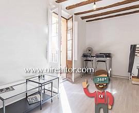 Studio im Loft-Stil zum Verkauf neben Santa Maria del Mar, im Viertel Born, Barcelona