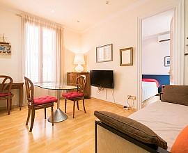 Acogedor y luminoso apartamento en el Eixample, Barcelona