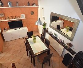 Espléndida casa dúplex en venta en el centro de Vilassar de Mar, Maresme