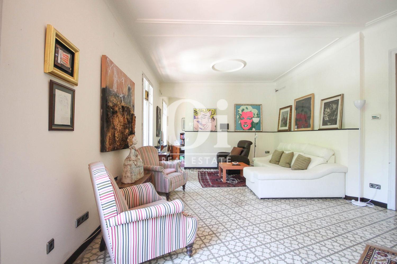 Wohnbereich in luxuriöser Wohnung zum Verkauf in Calle Muntaner