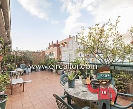 Ático con maravillosa terraza en venta con vistas a la ciudad en Sants-Montjuïc, Barcelona