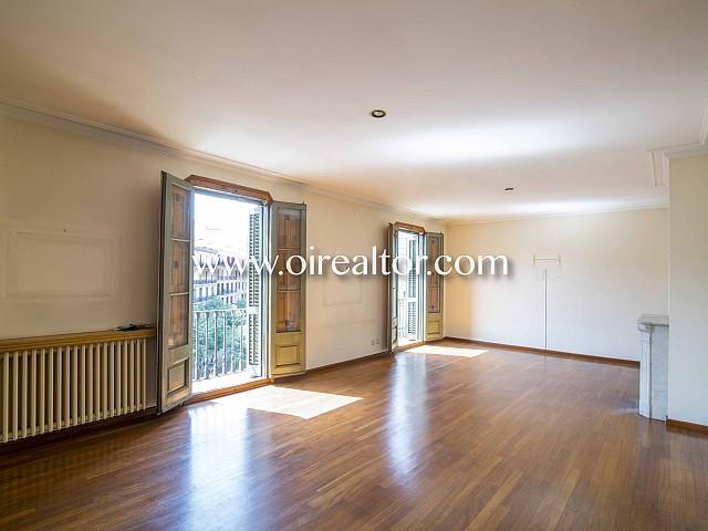Fabuloso piso en venta en finca regia del Eixample Dreta, Barcelona