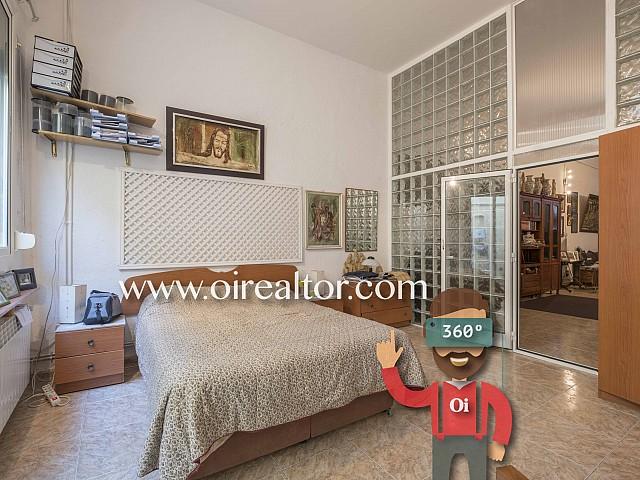 Propiedad de 300 m2 en venta compuesta por loft más local con altillo, ideal para artistas