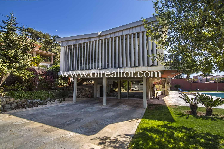 Дизайн дом с характером в Can Бартра, Матаро, Маресме