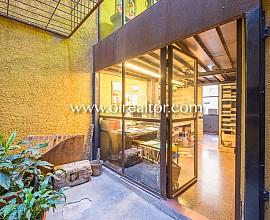 Продается 2 помещения в центре Борна, Барселона