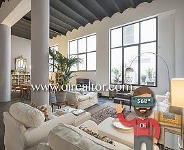Продается дуплекс в здании эпохи модерна в Эль Клот