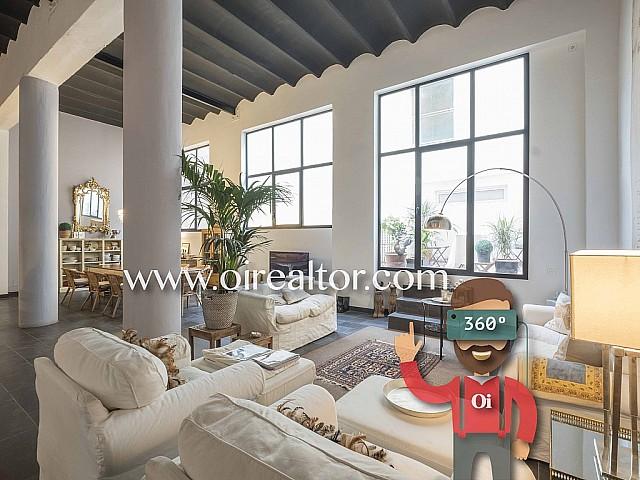 Espectacular dúplex de diseño en finca modernista en venta en el Clot, Barcelona