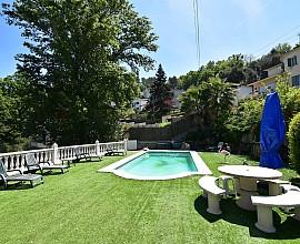 Продается дом с красивыми видами в Лас Планес, Сант Кугат