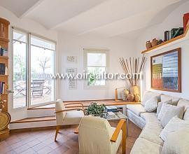 Soleado ático en venta con impresionante terraza de 80 m2 en el Eixample Dreta