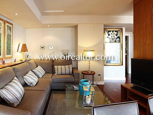 Lujoso ático en venta con terraza de 40 m2 en la Zona Alta de Barcelona