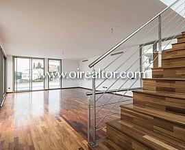 Preciosa casa de nova promoció en venda a Arenys de Mar