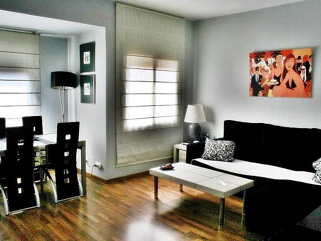 Продается уютная квартира в районе Саграда Фамилия, Барселона