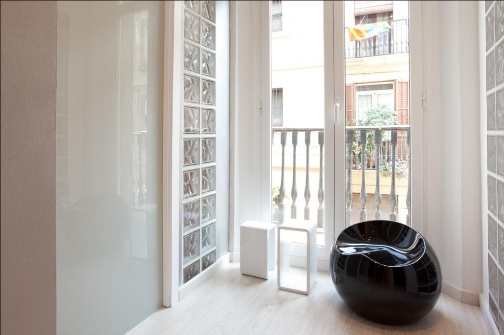 Wohnbereich in Luxus-Appartement zur Miete für Studenten in der Calle Guadiana in Barcelona