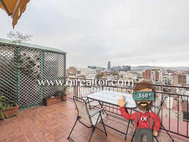 Bonito ático en venta con maravillosas vistas en Poblenou, Barcelona