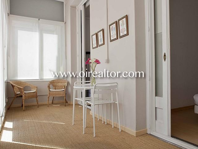 Renoviertes Haus mit 2 Wohnungen zum Verkauf im Eixample Dreta