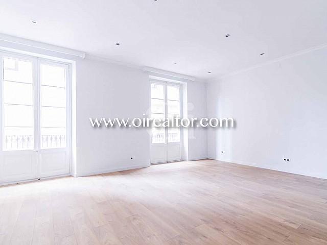 Apartamento reformado en venta en Barcelona junto a Paseo de Gracia