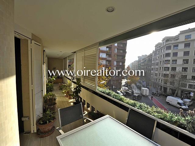 Piso de 210 m2 con gran terraza en calle Enrique Granados, Eixample Izquierdo