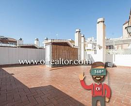 Продается солнечный двухэтажный пентхаус в Лес Кортс, Барселона