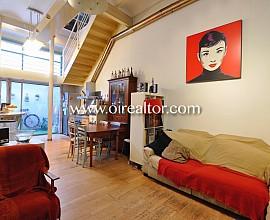 Atractiva casa en venta estilo loft en el centro de Mataró junto a Carrer del Mar