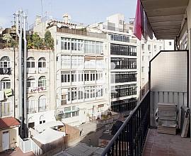 Piso en venta en inmejorable ubicación en  la calle Fontanella, ideal para inversores