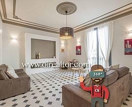 Продается элитная квартира в Побле Сек, Барселона