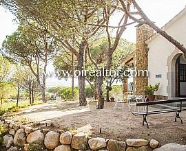 Lovely rustic villa in Santa Susanna, Maresme region