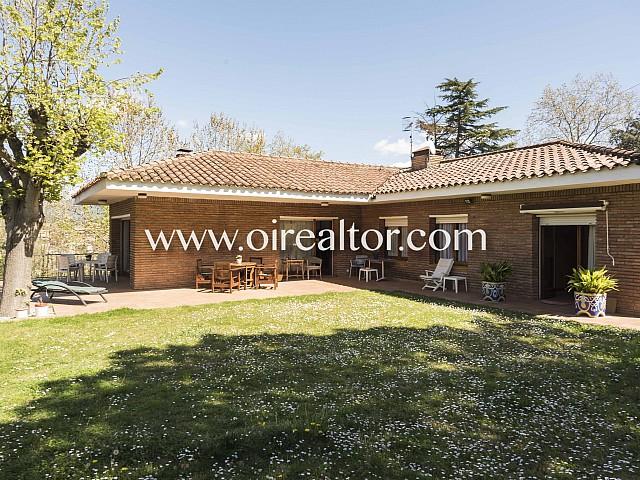 Venta de casa a 4 vientos con mucho encanto en Llinars del Vallès