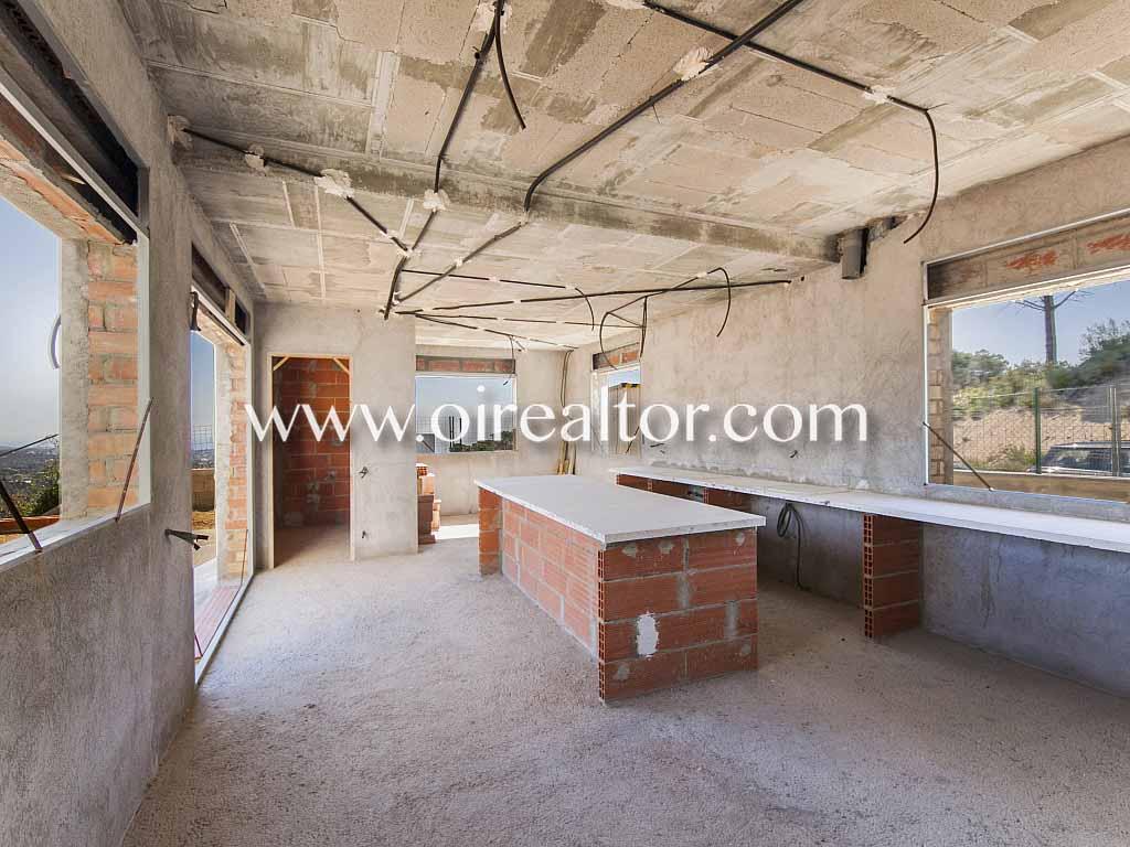 Настраиваемый продажа готовый дом в Сан-Андреу-де-Llavaneres, Маресме