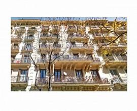 Продается здание в Эшампле Эскерра, Барселона