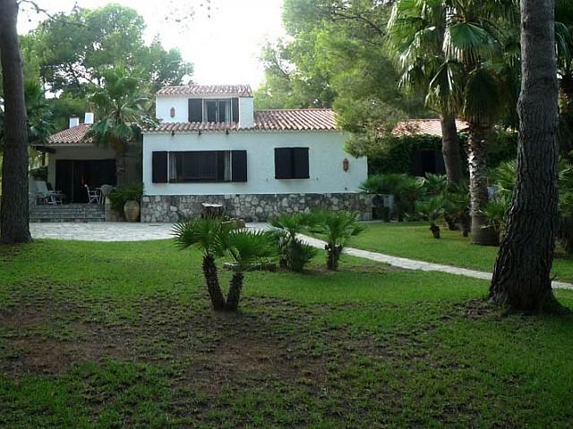 Lovely family home in L'Atmella de Mar near the beach