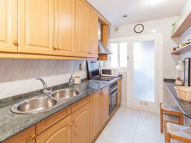 Küche in reizvollem Appartement in Avenida Diagonal zu verkaufen
