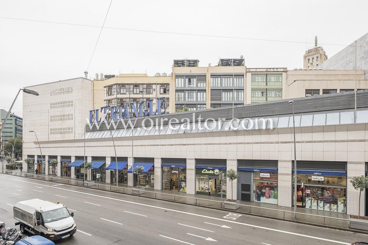 Oportunidad piso en venta zona prime de barcelona en for Oficinas de pelayo en barcelona