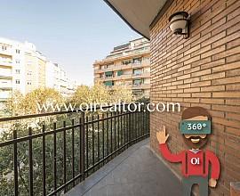 Piso luminoso en venta con potencial de reforma al lado de la Gran Vía, Barcelona