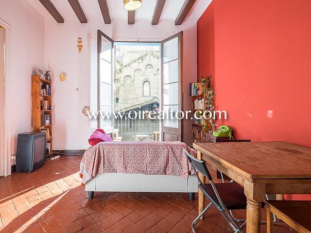 Encantador piso en venta en finca regia en el corazón del Born, Barcelona
