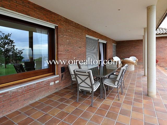 Great manor house for sale in urbanization Mas Ram in Badalona, Barcelonés