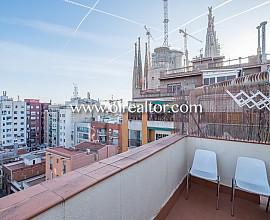 Fantástico ático con dos terrazas y vistas