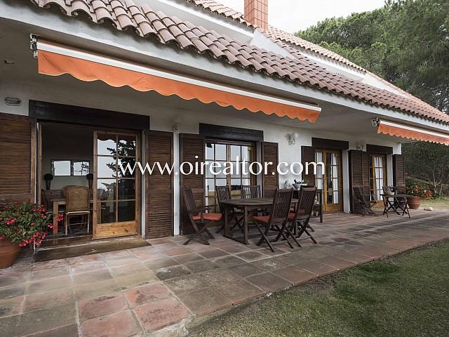 Fantástica casa en venta para dos familias  en Sant Vicenç de Montalt, Maresme