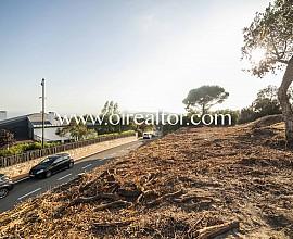 Parcela en venta de 2200m2 con vistas al mar en Sant Vicenç de Montalt, Maresme