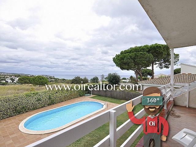Продается роскошный дом с видами на море в Ареньс де Мар