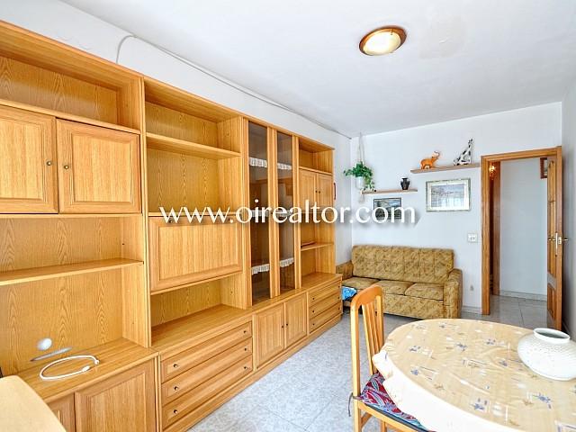 Soleado apartamento en venta a 5 minutos a pie de la playa en Sitges