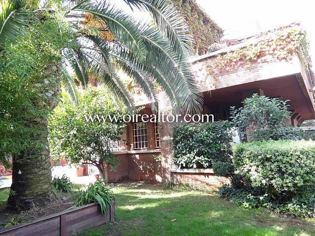 Продается дом с 7 спальнями в Монтемар, Кастельдефельс